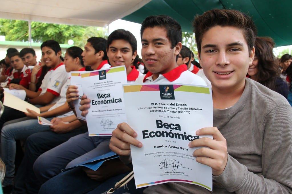 IBECEY invitá a los estudiantes a inscribirse en el Programa de Becas Economicas
