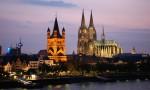 ALEMANIA. COLONIA. Vista de la Catedral (Kölner Dom) y la Iglesia Gross St.Martin desde el puente Deutzer.