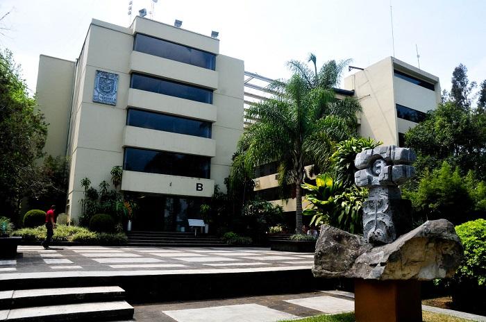 Xalapa, Ver.- Instalaciones de la rectoría de la Universidad Veracruzana.  Foto: Miguel Ángel Carmona/FOTOVER.